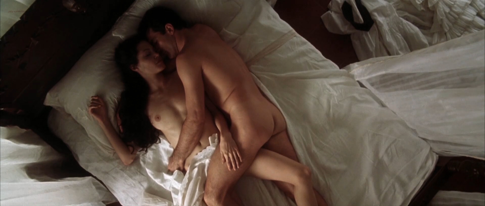angelina jolie antonio banderas sex video